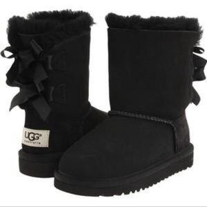 Ugg Girl Bailey Bow 2 Black Sheepskin Boots Sz12